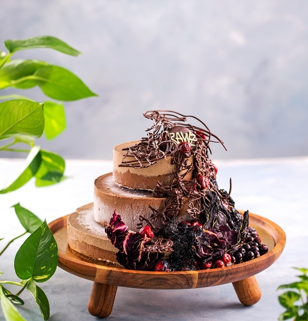 AGRIPINA Black Magic Cake