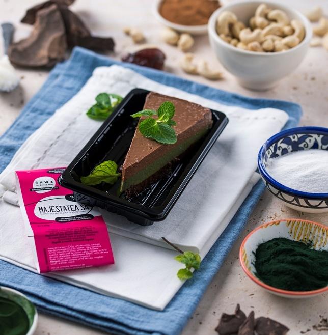 MAJESTATEA SA Super-super-superfoods Cake